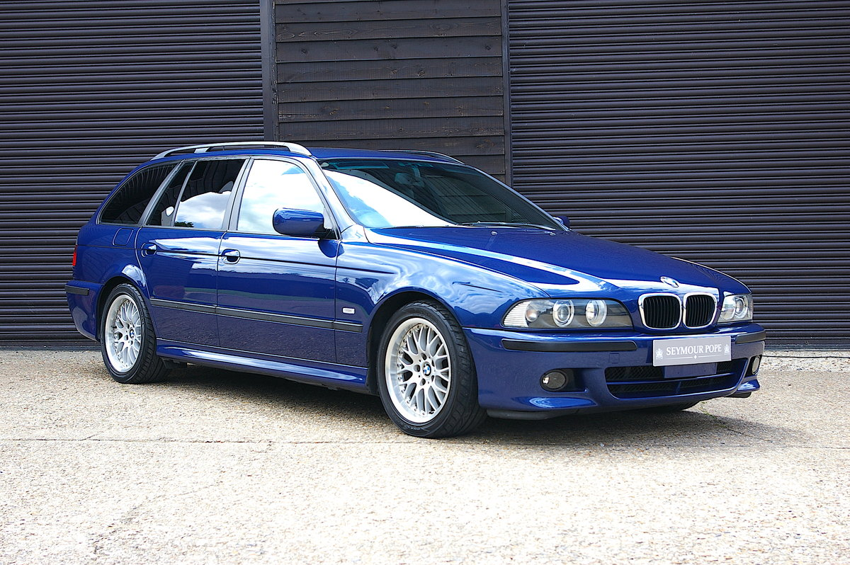2002 BMW E39 525i M-Sport Touring Automatic (54,436 miles)  SOLD (picture 1 of 6)