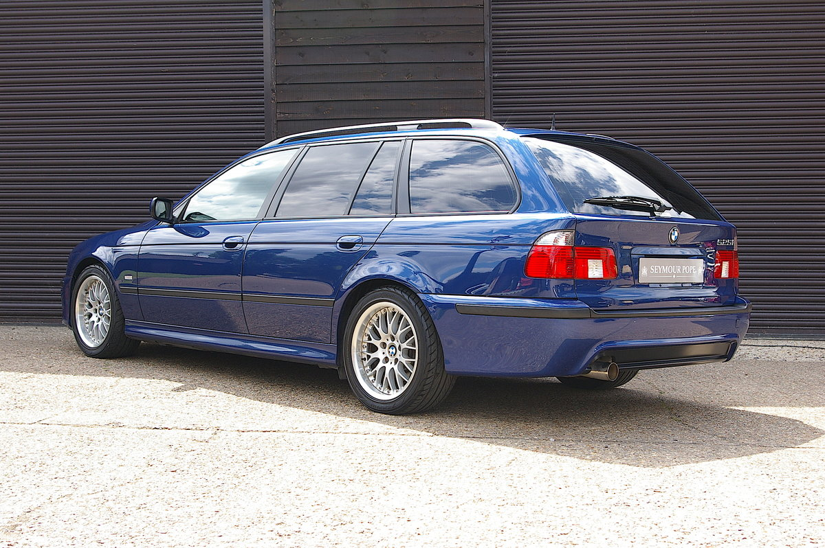 2002 BMW E39 525i M-Sport Touring Automatic (54,436 miles)  SOLD (picture 3 of 6)