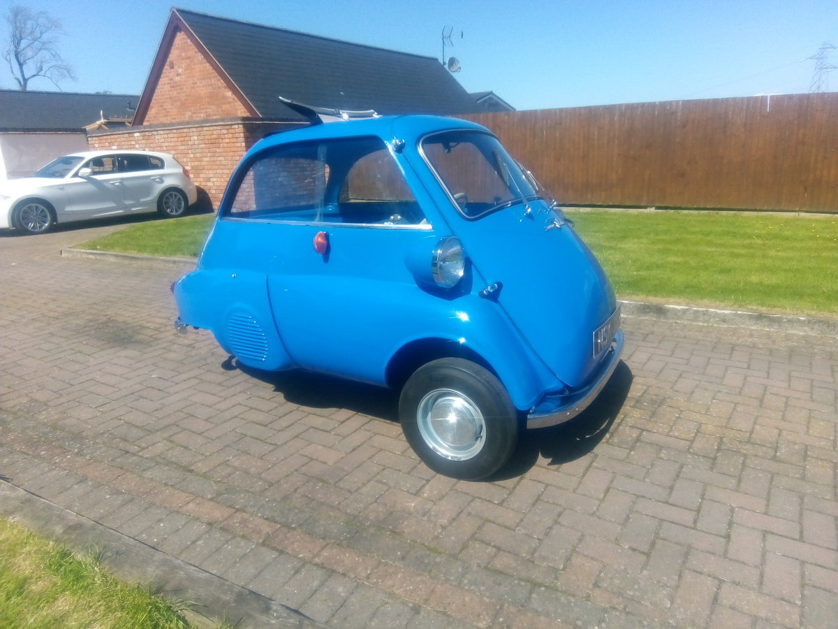 1961 r.h.d isetta 300 bubble car For Sale (picture 3 of 6)