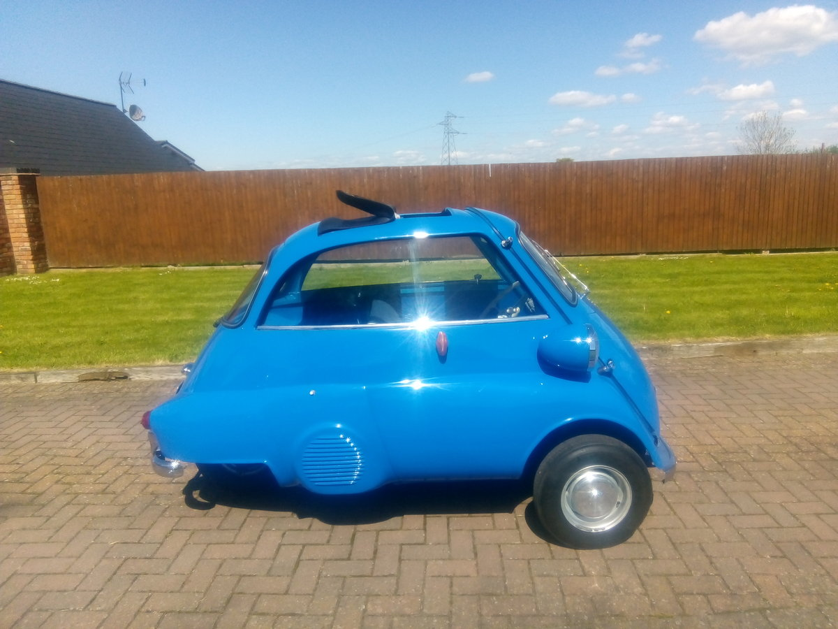 1961 r.h.d isetta 300 bubble car For Sale (picture 4 of 6)