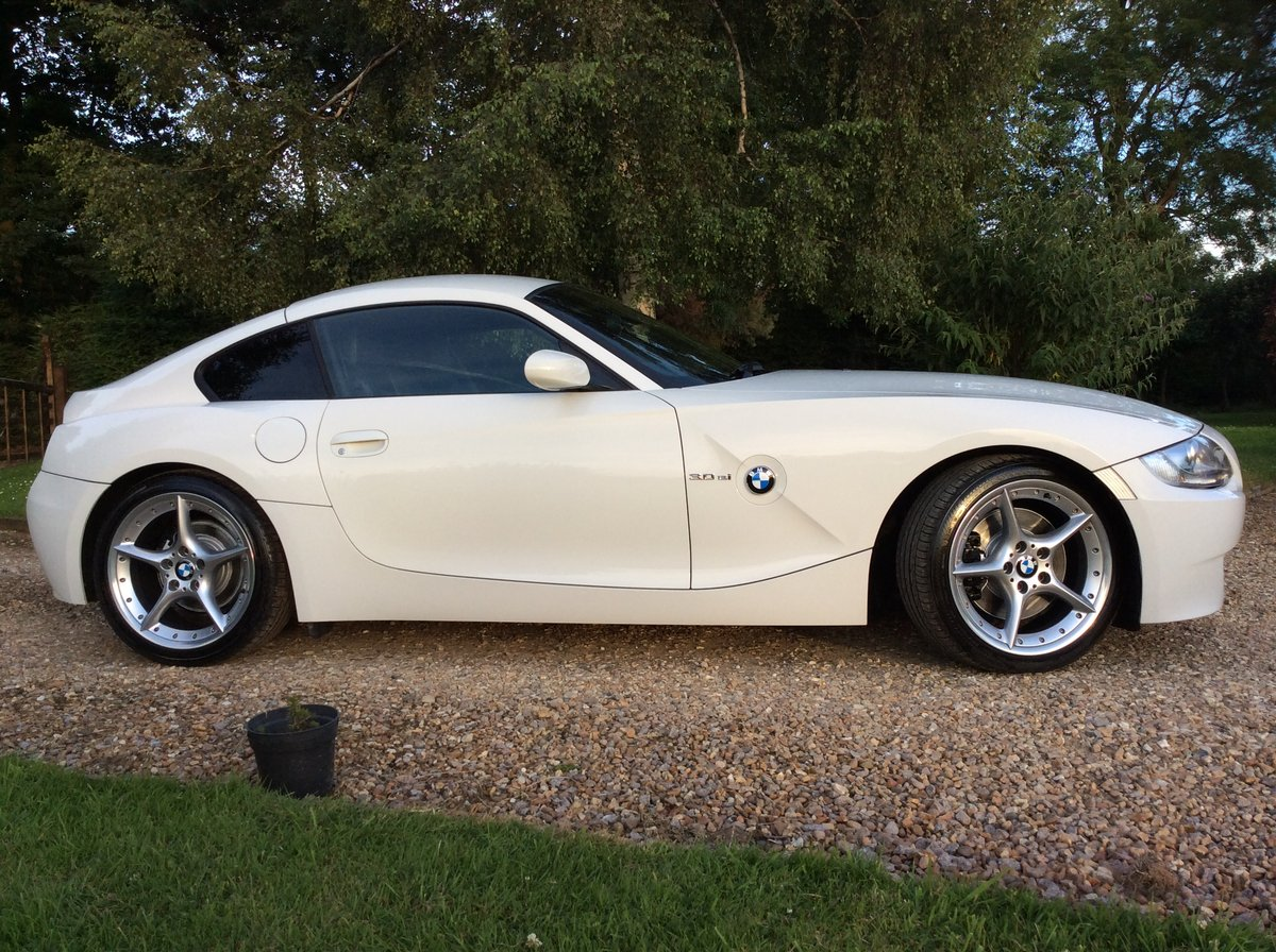 2007 BMW Z4 Coupe 3.0 litre Si Sports Coupe For Sale (picture 5 of 6)