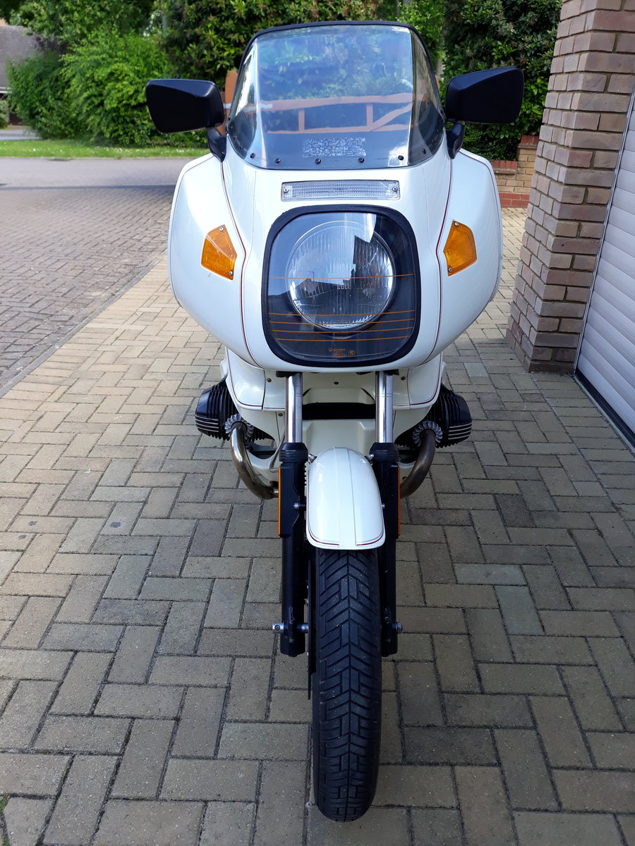 1983 BMW R100RS with 27,581 miles Rare Jahre White  For Sale (picture 5 of 6)