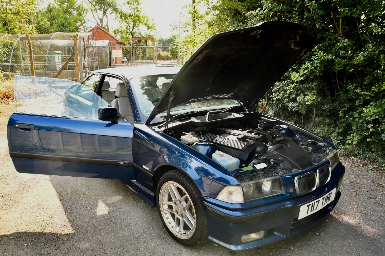 1999 Bmw 2.8i sport avus blue manual SOLD (picture 4 of 6)