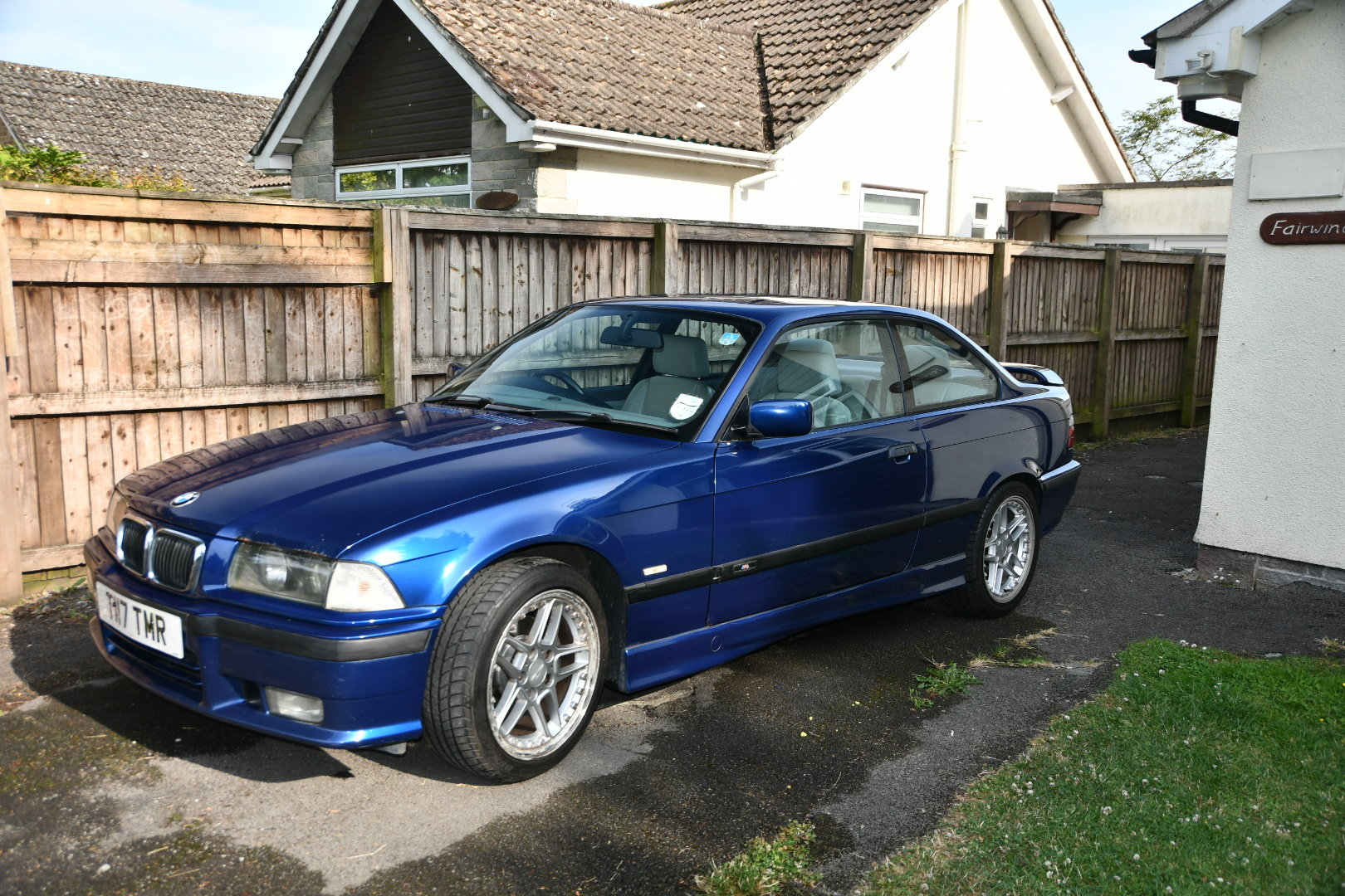 1999 Bmw 2.8i sport avus blue manual SOLD (picture 5 of 6)