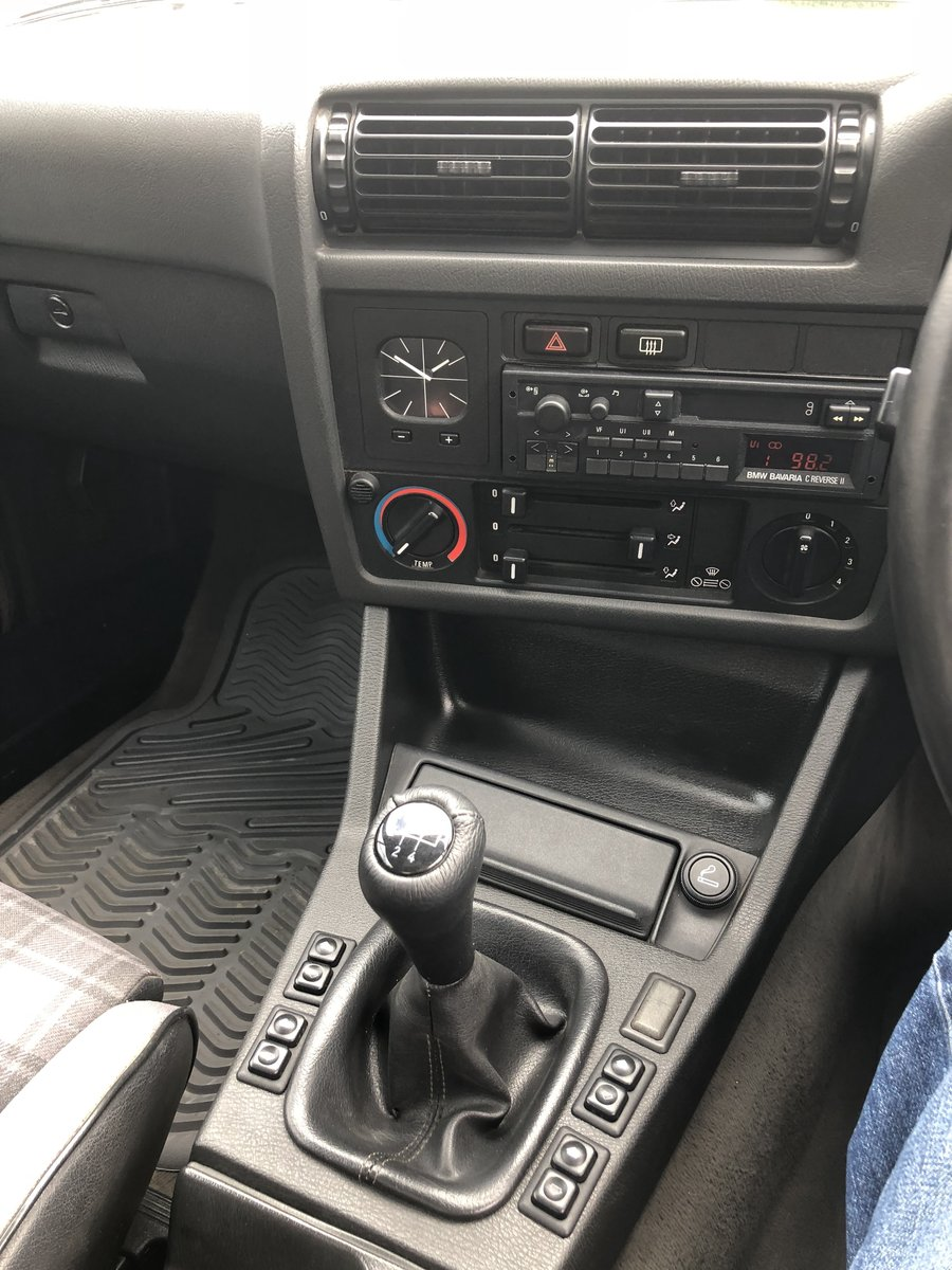 1990 BMW 325i Cabriolet Manual 80k miles FSH For Sale (picture 5 of 6)