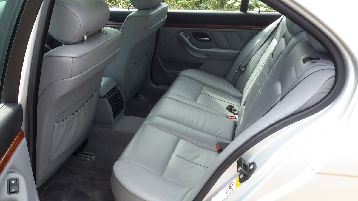 BMW 525i SE E39 AUTOMATIC 2001 64000 MILES 1 OWNER FROM NEW For Sale (picture 5 of 6)