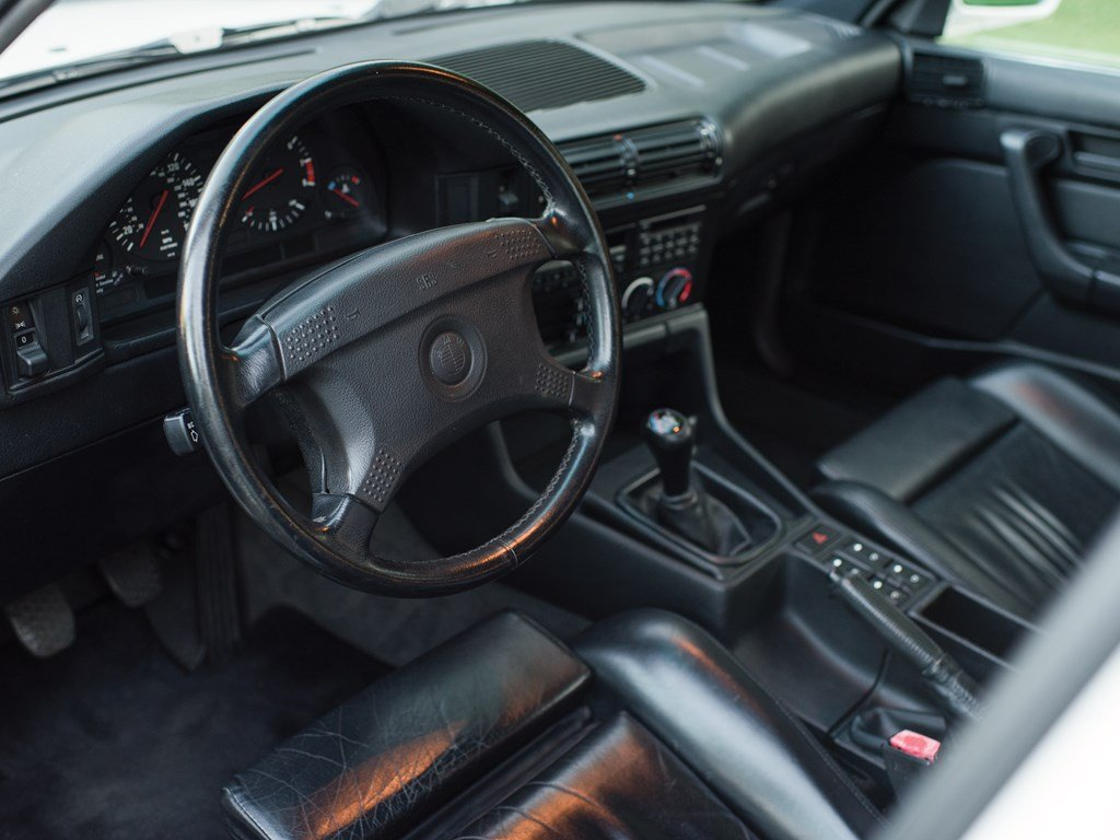 1991 BMW M5  For Sale by Auction (picture 4 of 6)