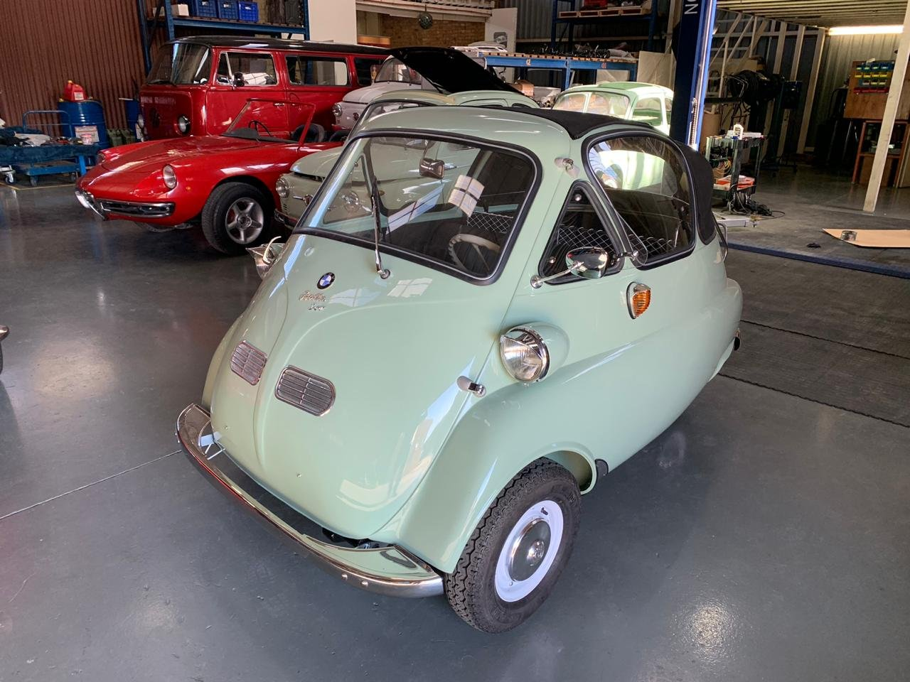 1958 BMW Isetta 300 Cabriolet , perfectly restored For Sale (picture 2 of 6)