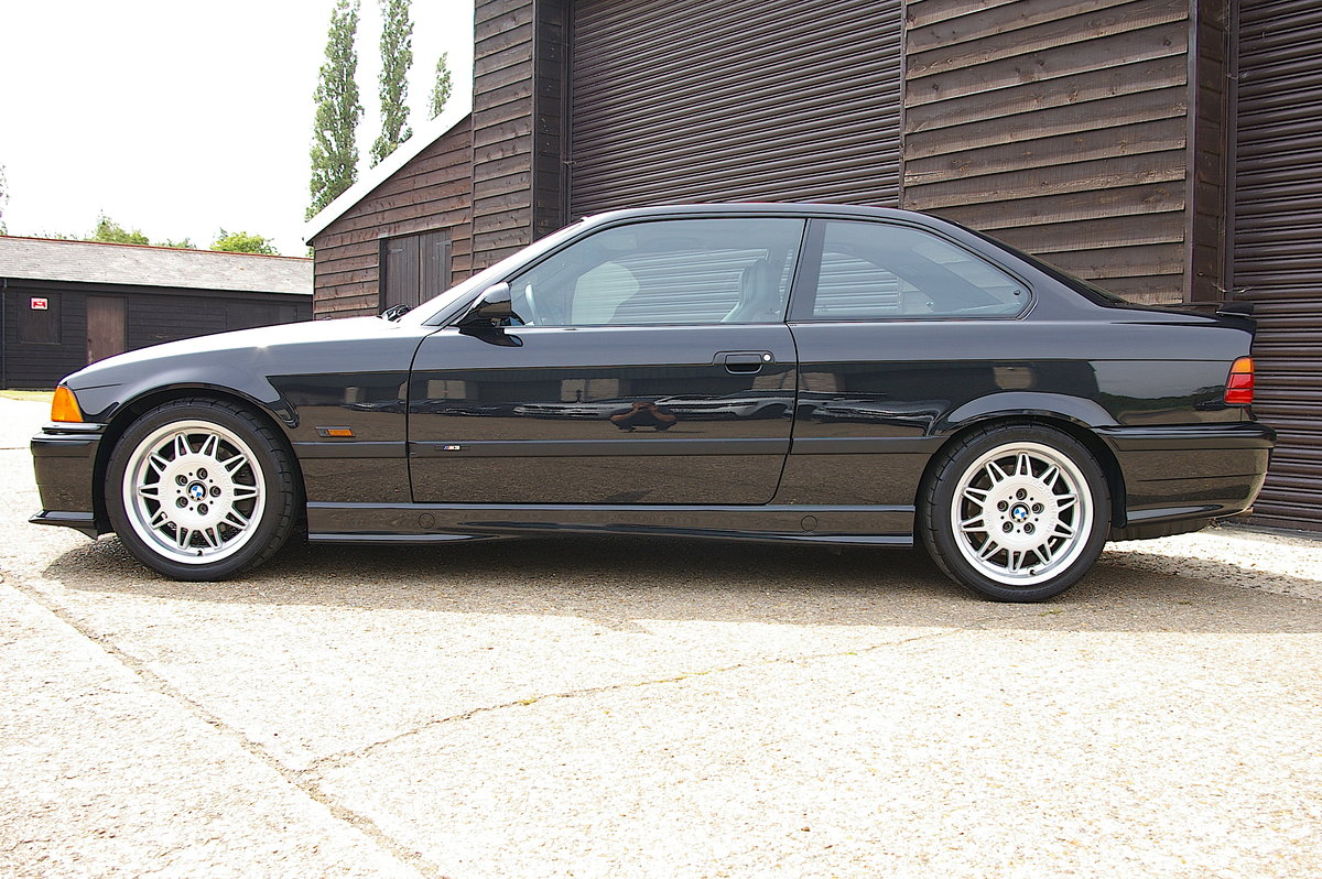 1995 BMW E36 M3 3.0 Manual Coupe LHD US SPEC (42,213 miles) For Sale (picture 2 of 6)