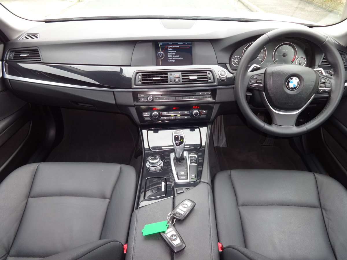 2010 BMW F10 520D SE AUTO For Sale (picture 5 of 6)