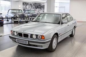 1994 BMW 530i (E34)