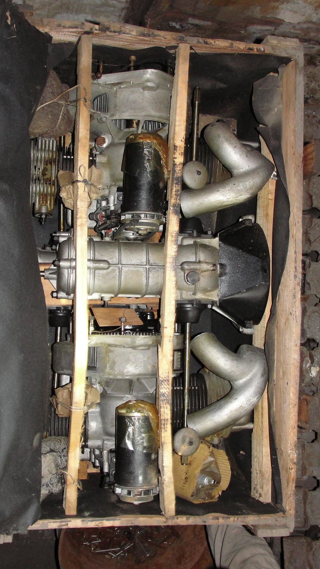 1960 BMW 600 engines and gearboxes NEW IN CRATE For Sale (picture 2 of 6)