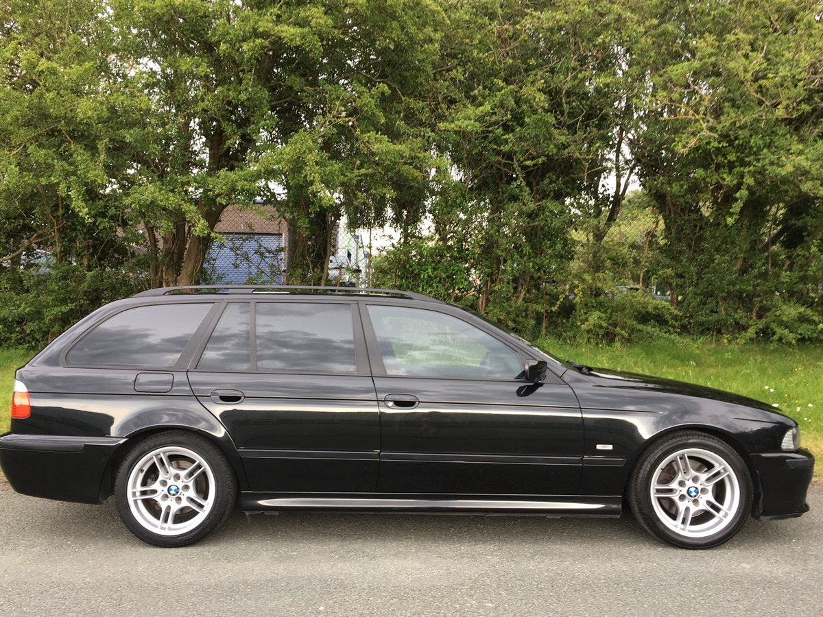 2004 BMW 530i Sport Touring Automatic E39 - Great Example For Sale (picture 2 of 6)