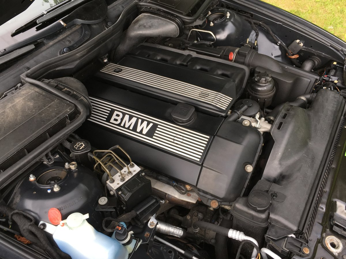 2004 BMW 530i Sport Touring Automatic E39 - Great Example For Sale (picture 6 of 6)