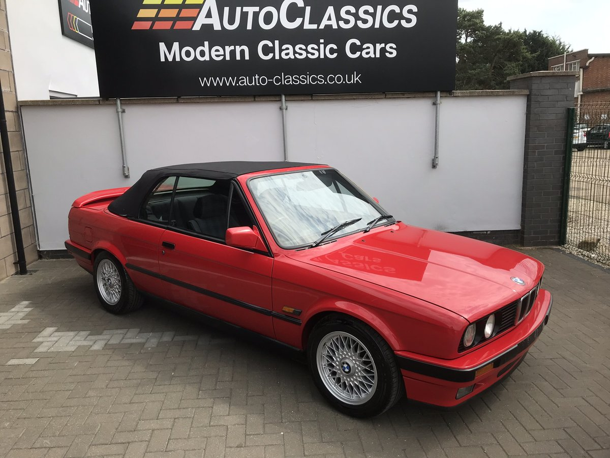 1991 BMW 318i Convertible, Manual  SOLD (picture 3 of 6)
