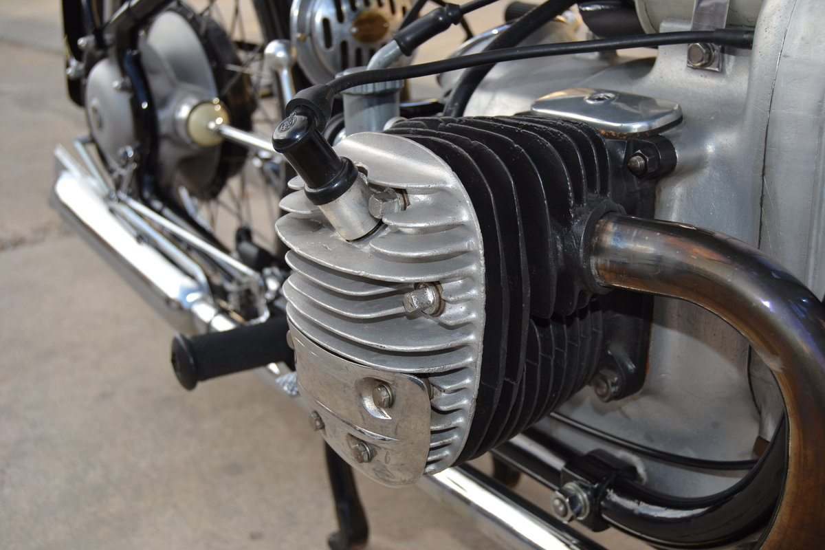 One Year Only - 1937 BMW R6 For Sale (picture 4 of 6)