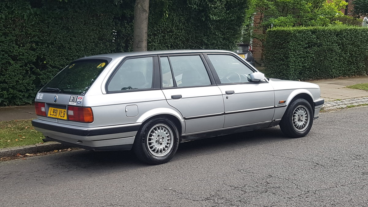 1993 BMW E30 Automatic estate touring very nice car For Sale (picture 3 of 6)