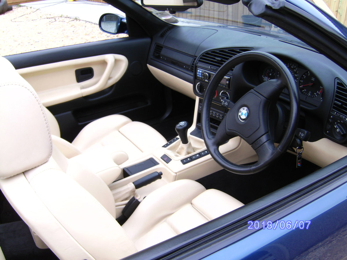 1995 BMW M3 Cabriolet classic For Sale (picture 2 of 6)