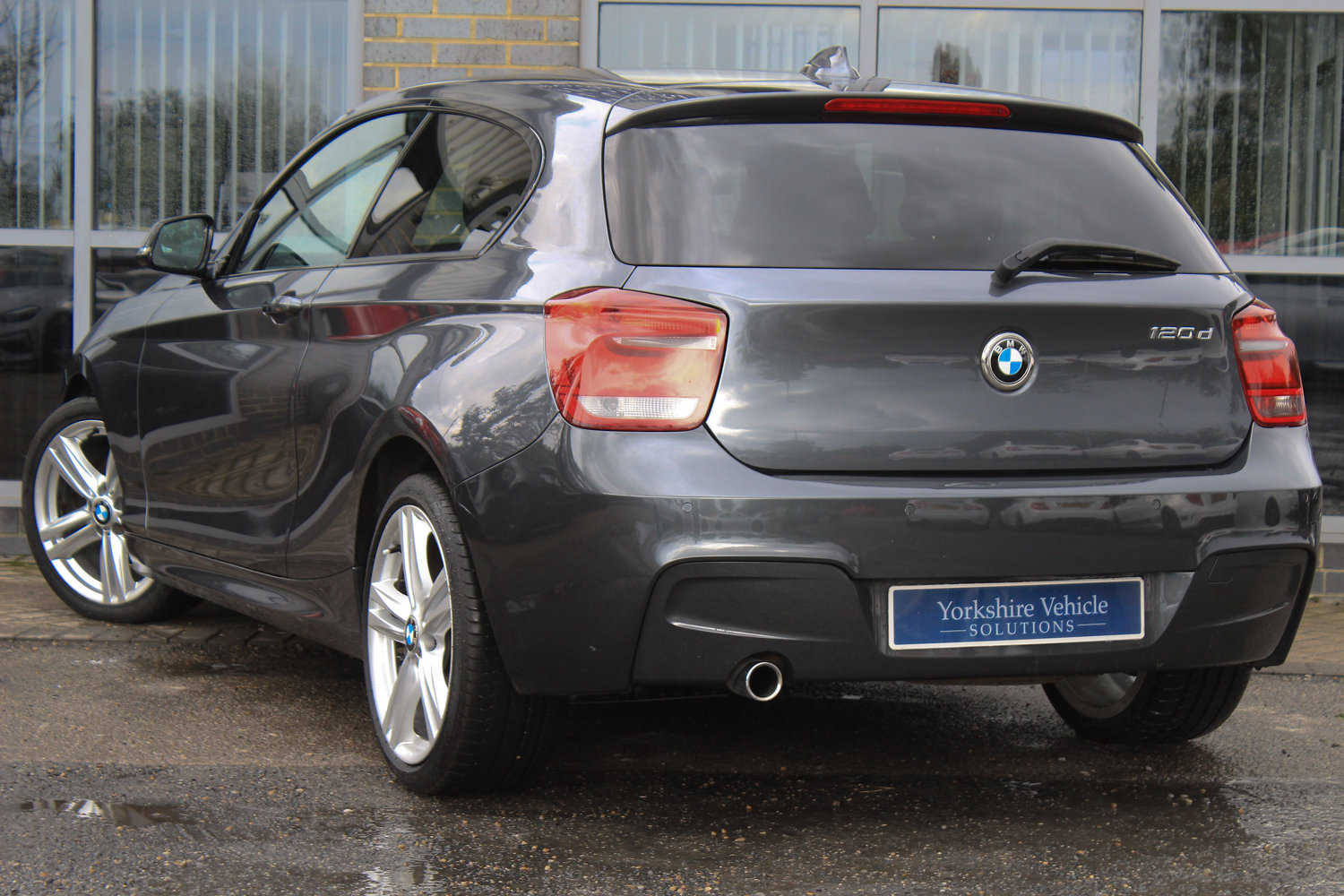 2013 BMW 1 SERIES 120D M SPORT  For Sale (picture 3 of 6)