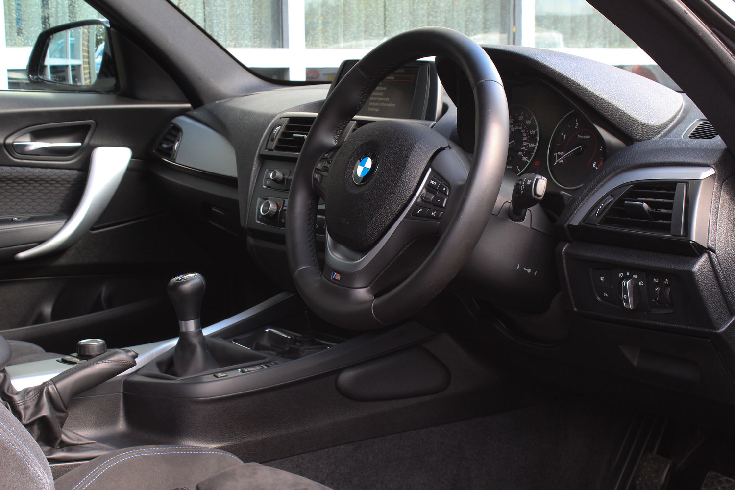 2013 BMW 1 SERIES 120D M SPORT  For Sale (picture 5 of 6)