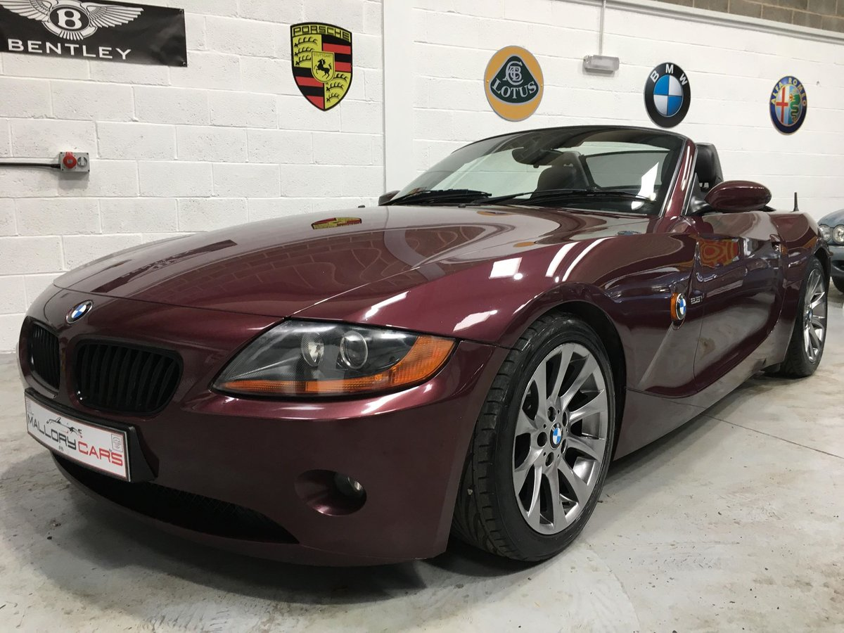 2003 BMW Z4 Roadster, 2.5 Manual stunning colour/wheels SOLD (picture 2 of 6)