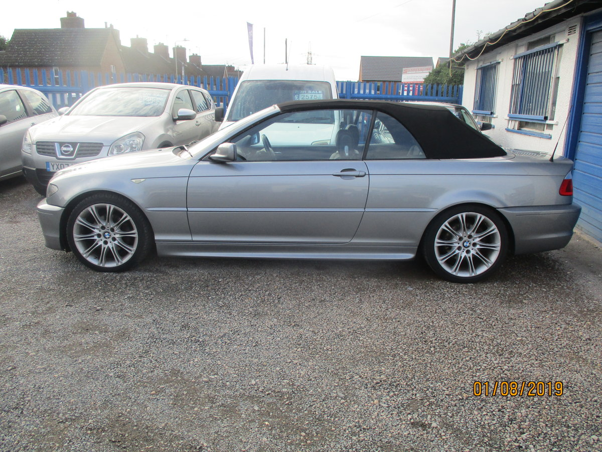 2005 325 I METALLIC GREY WITH  BLACK LEATHER TRIM 80K CONVERTIBLE For Sale (picture 1 of 5)