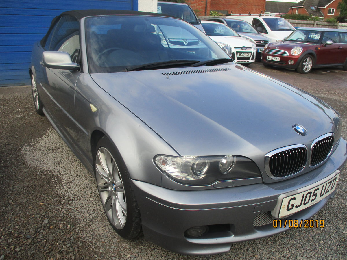2005 325 I METALLIC GREY WITH  BLACK LEATHER TRIM 80K CONVERTIBLE For Sale (picture 2 of 5)
