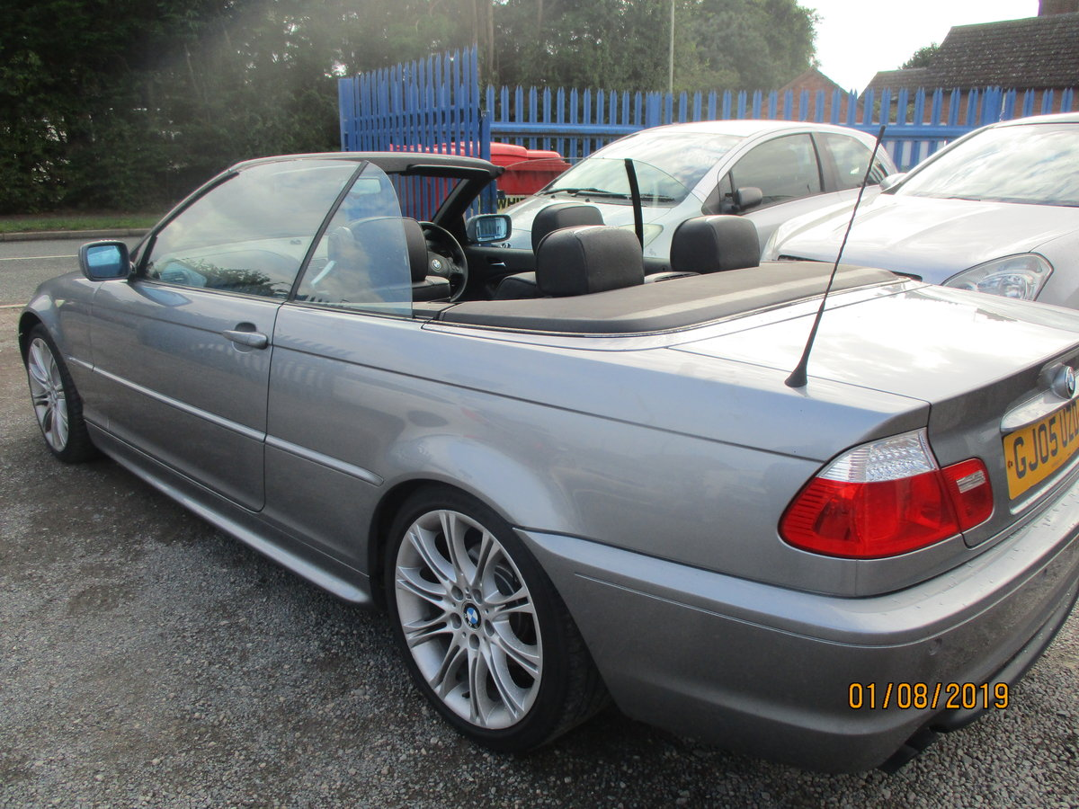 2005 325 I METALLIC GREY WITH  BLACK LEATHER TRIM 80K CONVERTIBLE For Sale (picture 3 of 5)