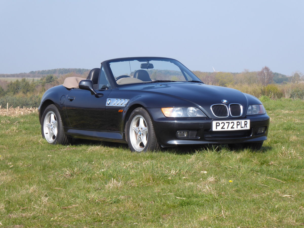 1997 BMW Z3 1.9 Convertible For Sale (picture 1 of 6)