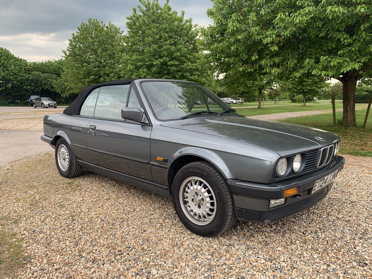 1988 E30 320 Convertible with only one previous owner! SOLD (picture 1 of 6)