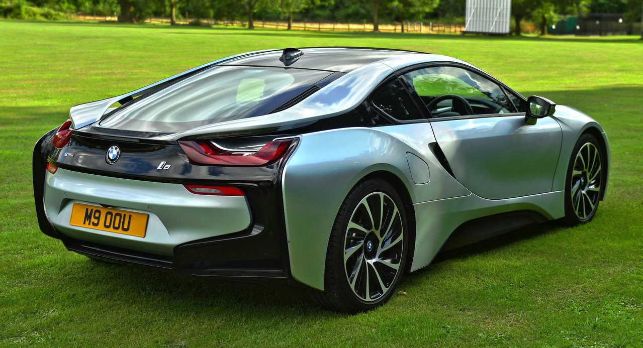 2017 BMW i8 SOLD (picture 3 of 6)