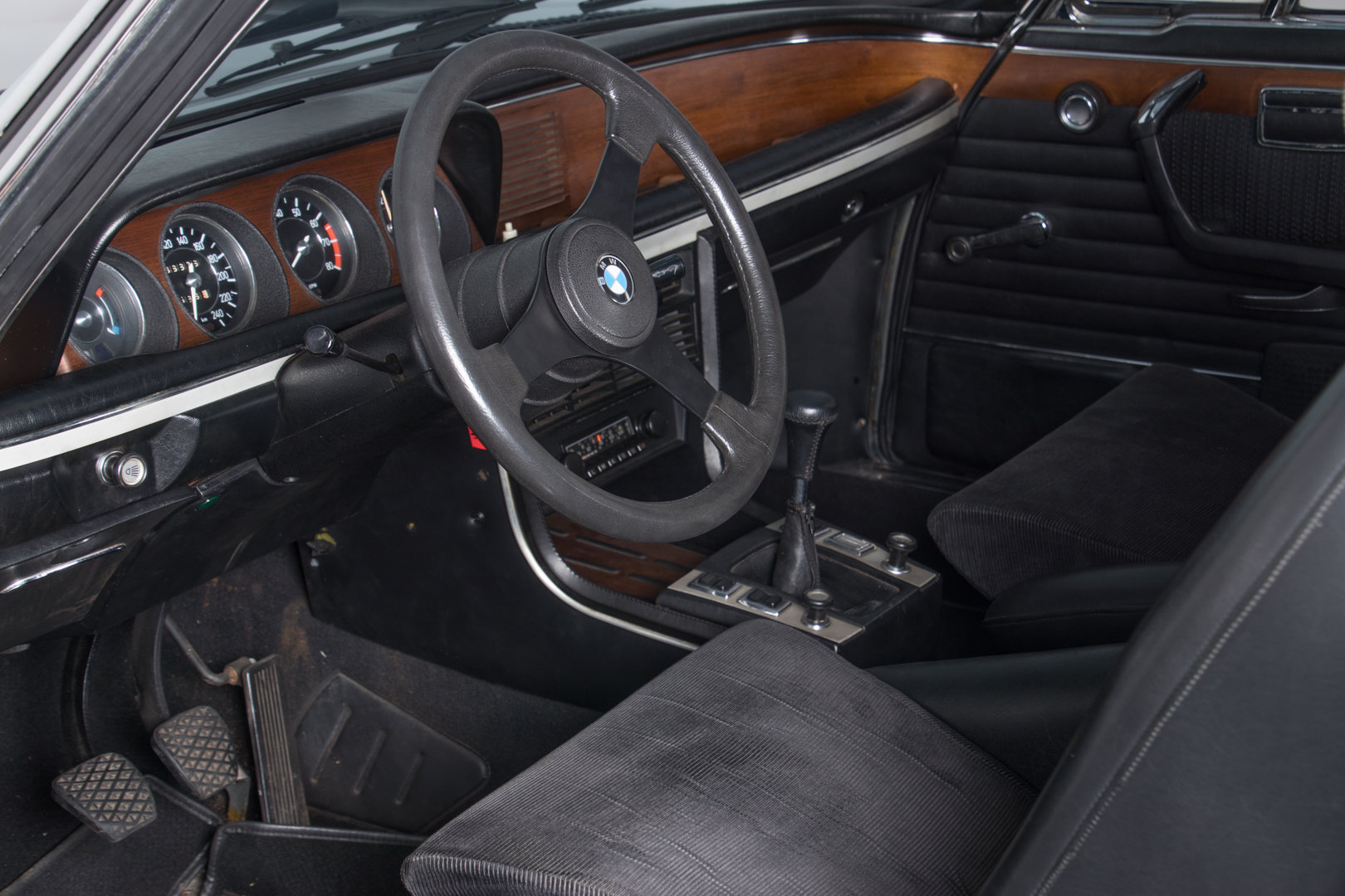 """1974 BMW 3.0 CSL """"Batmobile""""  For Sale (picture 4 of 6)"""