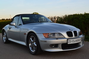 1998 BMW Z3 2.8 WIDEBODY ONLY 16K MILES RUST FREE For Sale