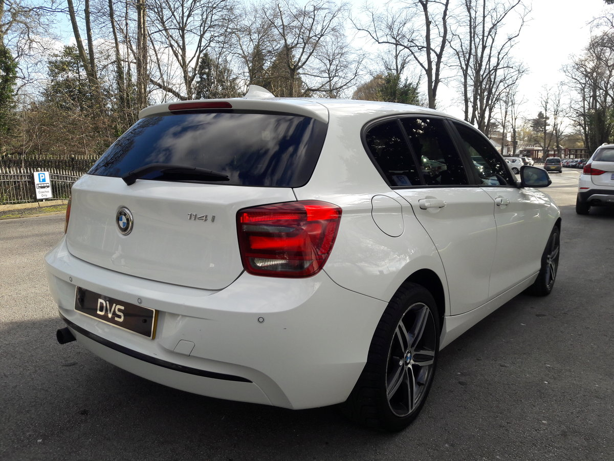 2014 BMW 114i Sport 47k miles in White 5 Door SOLD (picture 2 of 6)