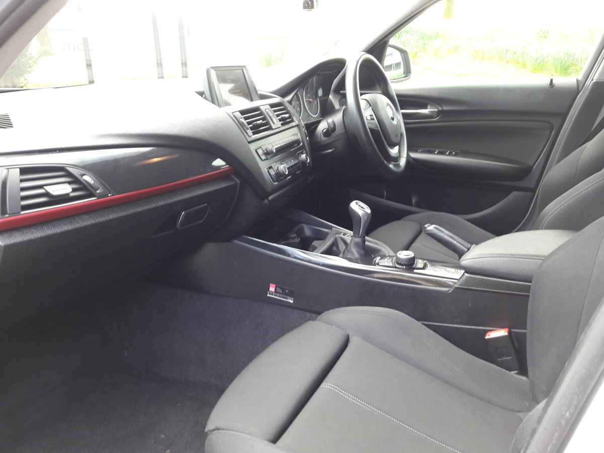 2014 BMW 114i Sport 47k miles in White 5 Door SOLD (picture 3 of 6)