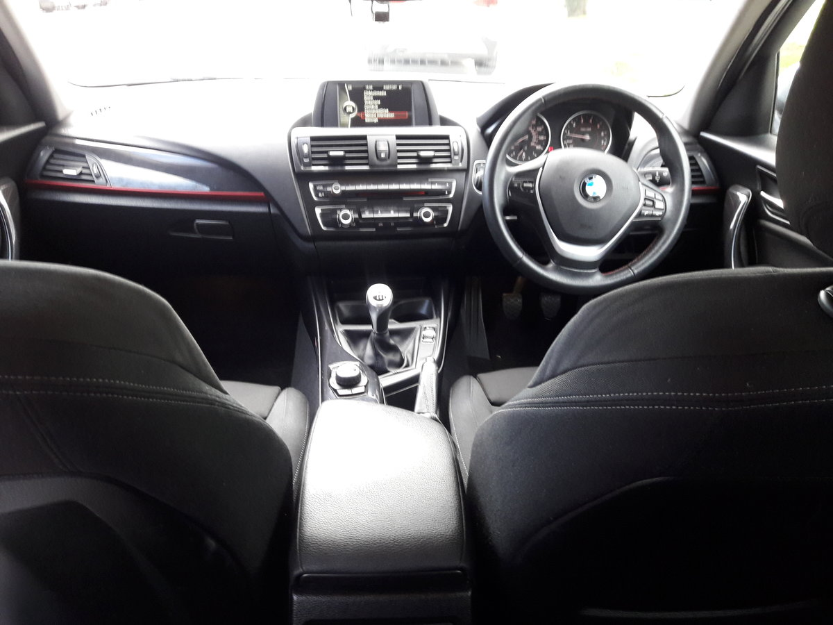 2014 BMW 114i Sport 47k miles in White 5 Door SOLD (picture 4 of 6)