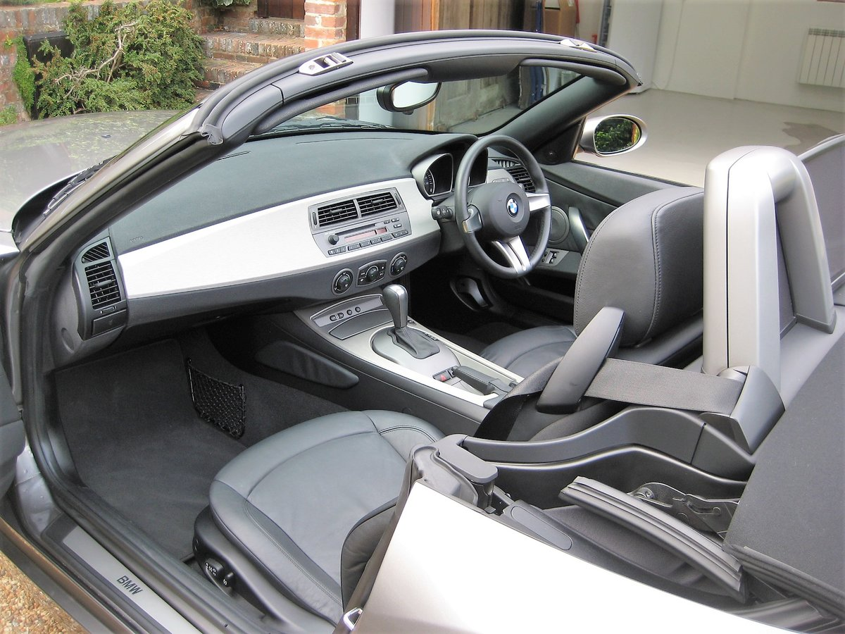 2003 BMW Z4 3.0i Auto 1 Owner From New With Just 22,000 Miles For Sale (picture 3 of 6)