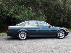 1996 AS-NEW BMW 735I V8 BARELY USED – 25000 MILES! SOLD