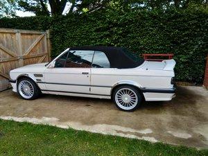 1987 BMW E30 325i Manual.