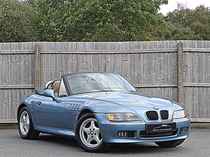 1997 Low mileage BMW Z3 Roadster with Manual gearbox For Sale