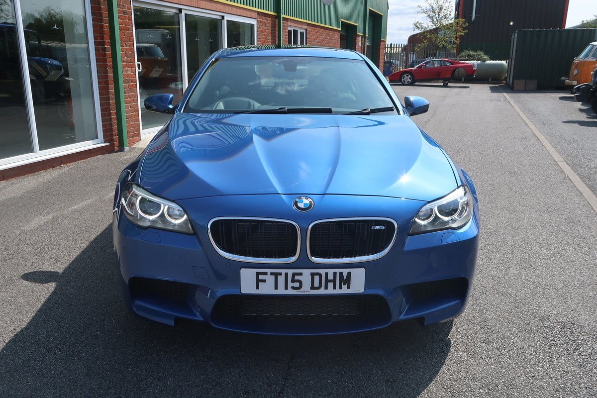 2015 M5 4.4 V8 DCT Auto 3,100 MILES FROM NEW For Sale (picture 3 of 6)