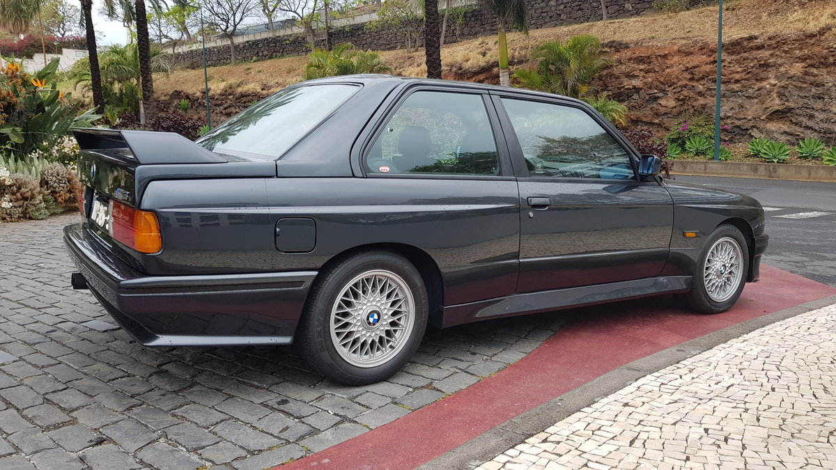 1988 BMW E30  ( Hartge Parts &  M3 Look ) For Sale (picture 3 of 6)