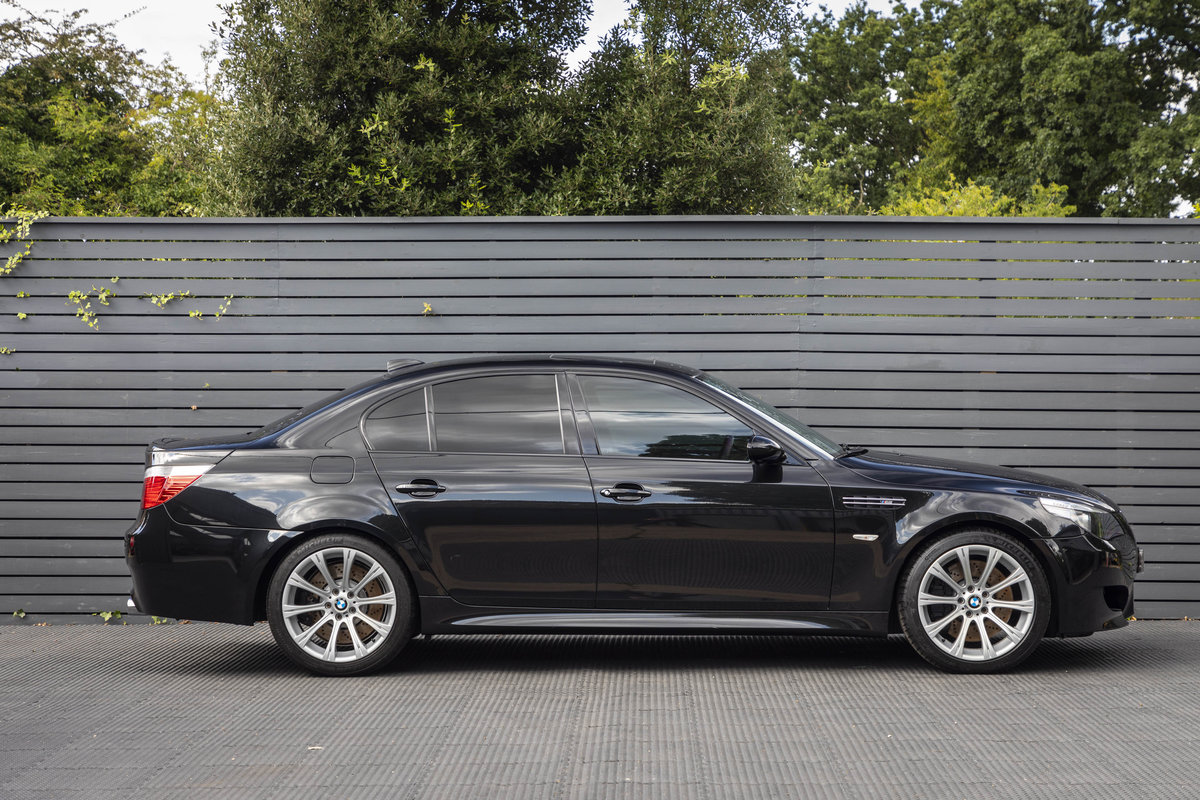 2005 BMW M5 (E60)  ONLY 14000 MILES For Sale (picture 3 of 6)