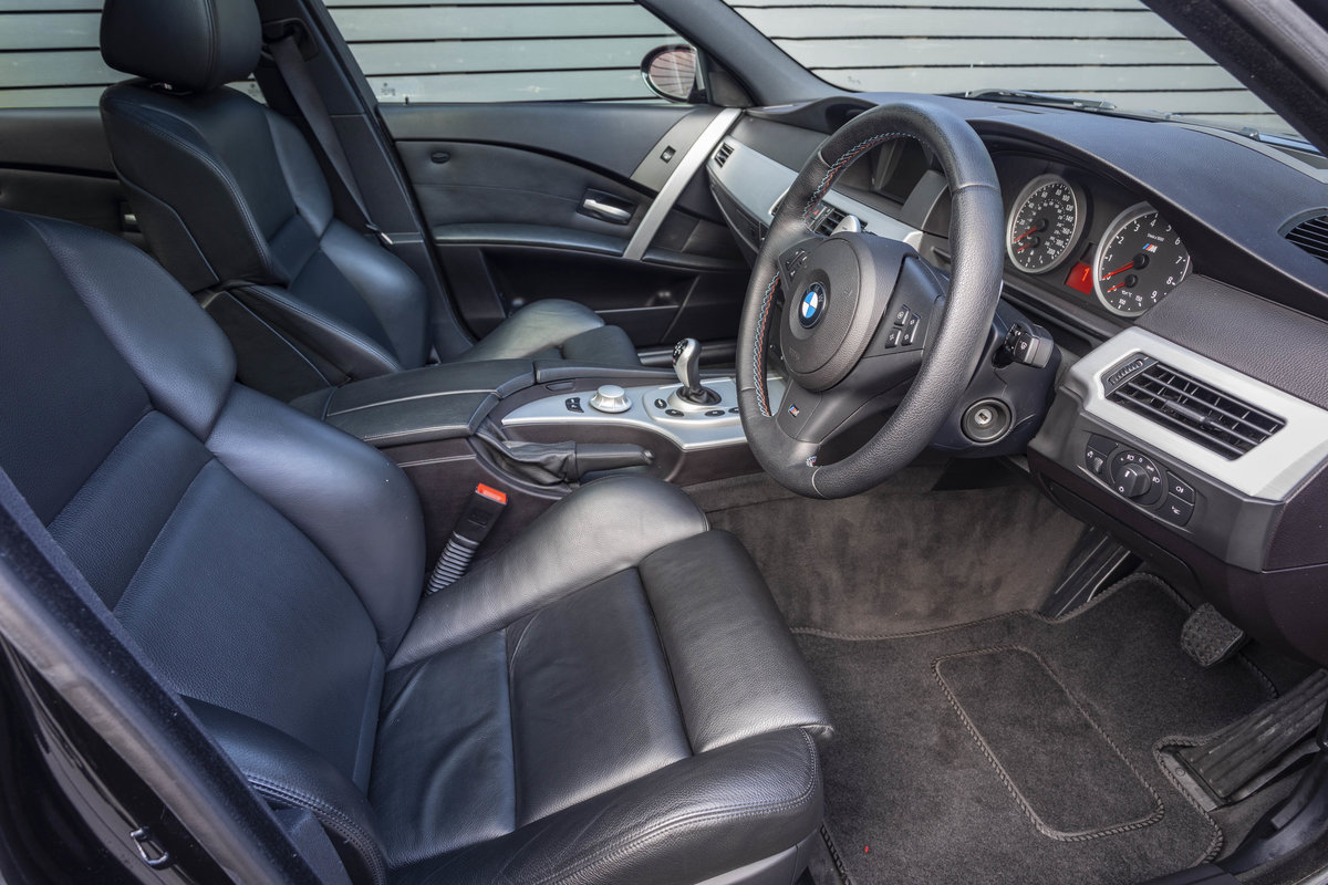 2005 BMW M5 (E60)  ONLY 14000 MILES For Sale (picture 4 of 6)