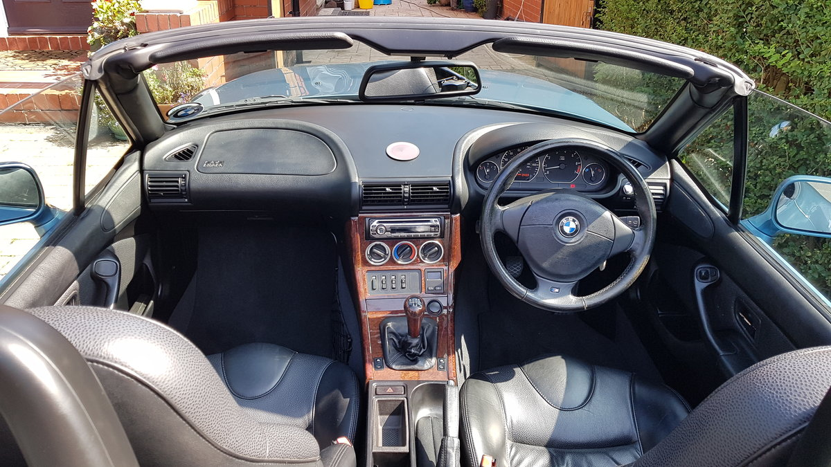 1998 BMW Z3 2.8 Roadster with M Pack........ For Sale (picture 2 of 6)