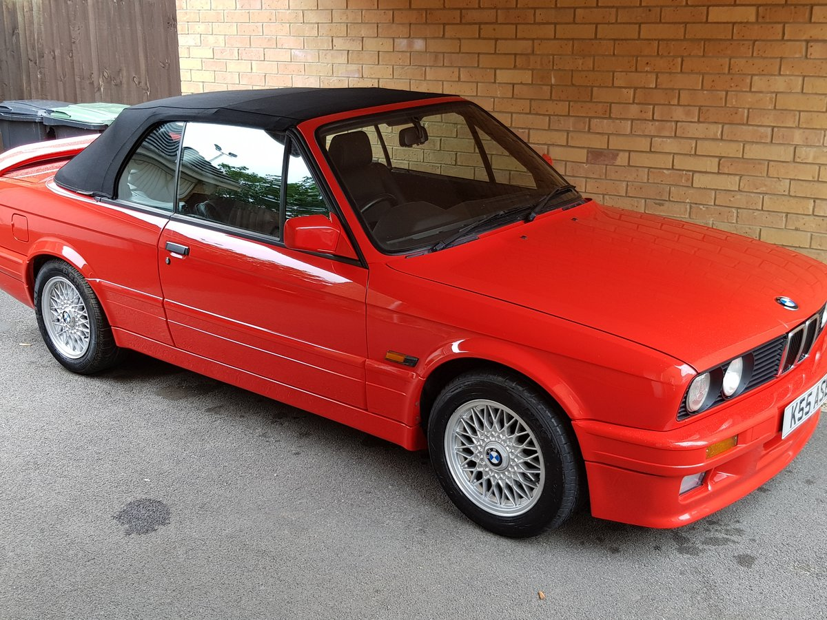 1992 BMW 325i Cabriolet Convertible 2.5L (NOW REDUCED!) SOLD (picture 1 of 6)