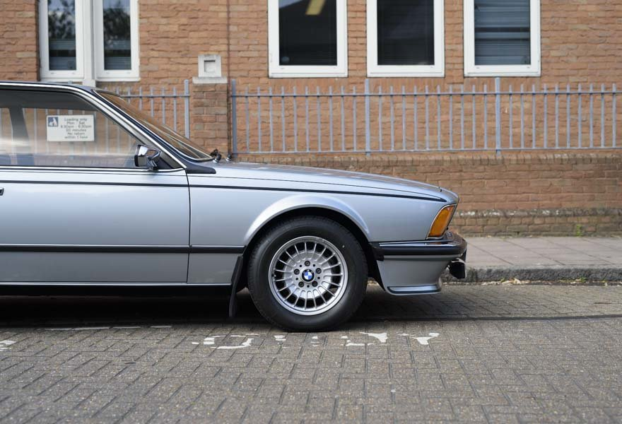 1982 BMW 635 CSiFor Sale In London (RHD) For Sale in London For Sale (picture 10 of 24)