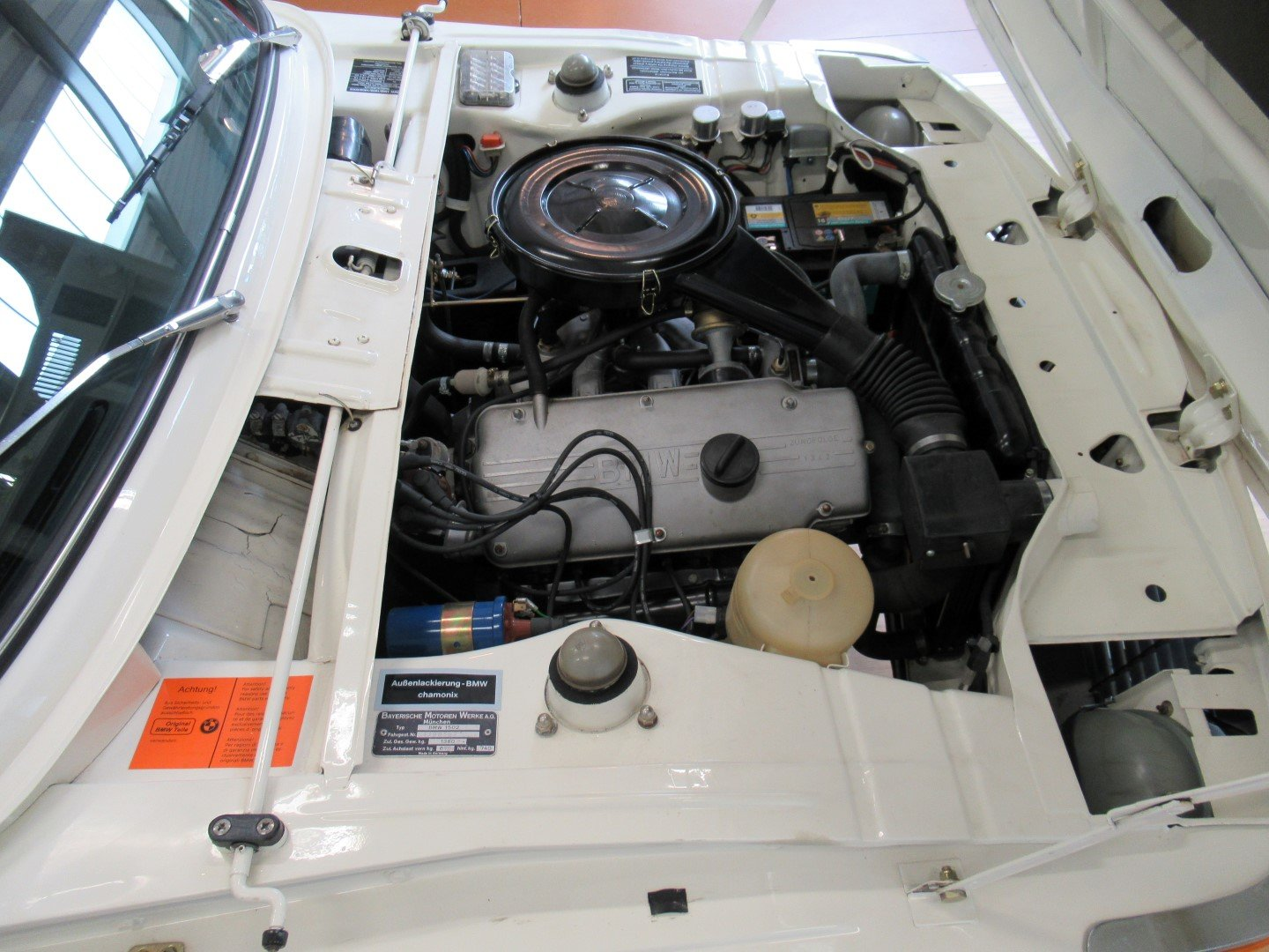 BMW 1502 with 2.0L engine For Sale (picture 5 of 6)