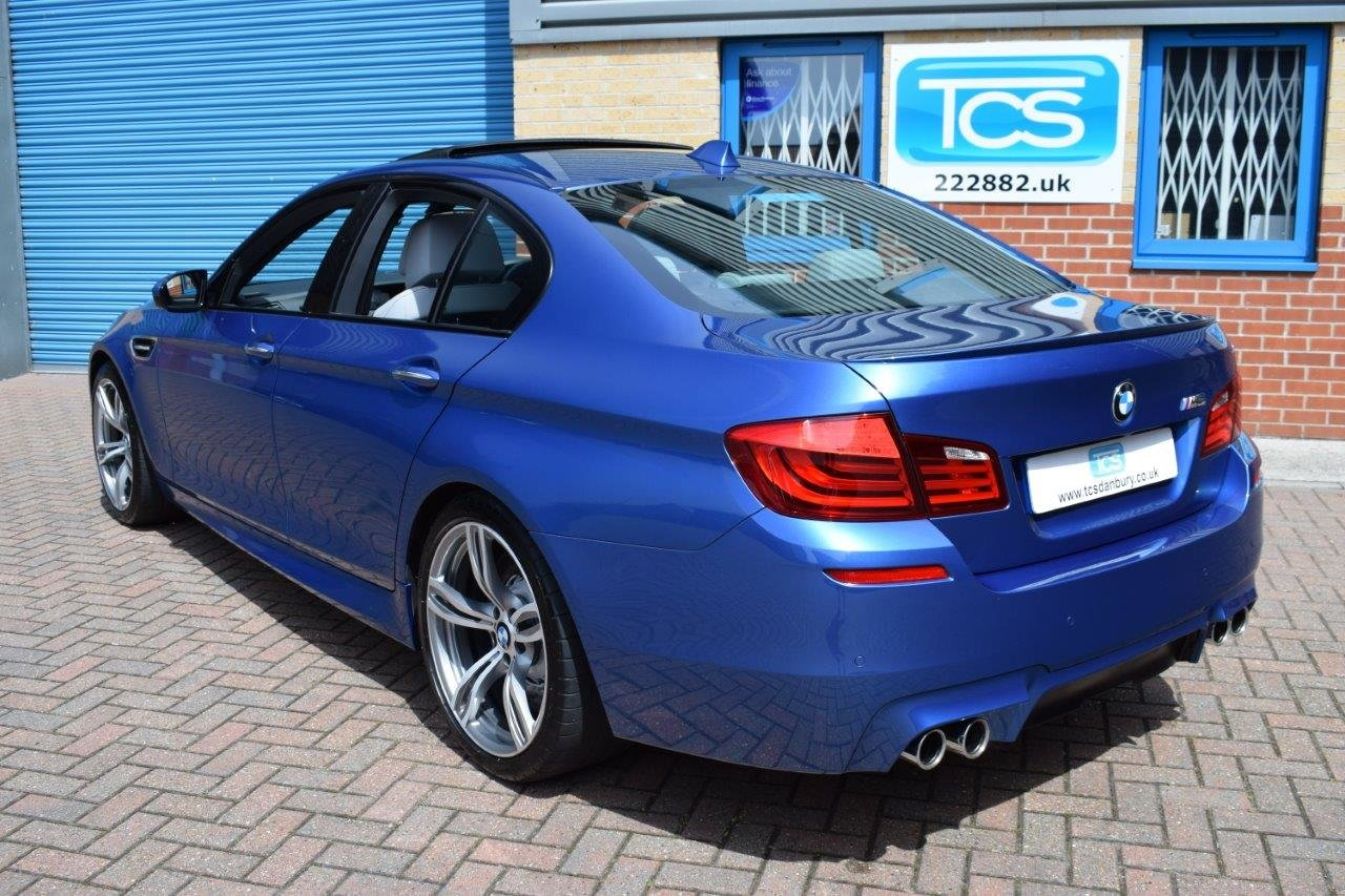 2013 BMW M5 Saloon 560BHP 4.4i V8 Twin-Turbo DCT7 For Sale (picture 2 of 6)