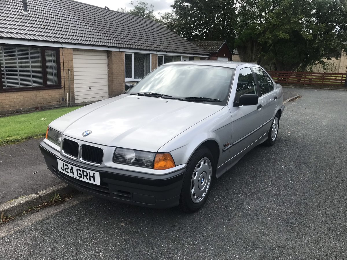 1992 BMW 316 auto  For Sale (picture 1 of 6)